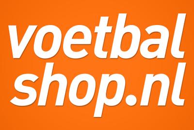 Nieuwste zwarte voetbalschoenen koop je bij Voetbalshop